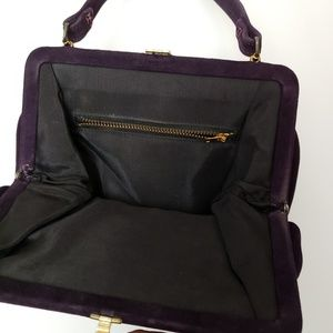 Vintage Bags - Vintage Purple Suede Framed Clasp Handbag